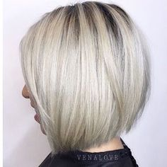 Full of love @venalove for this! The bob. The rooty platinum. #behindthechair