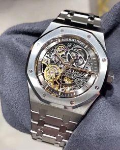 Men's Luxury watch 🎥 via Audemars Piguet Watches, Audemars Piguet Royal Oak, Expensive Watches, Expensive Jewelry, Burberry Men, Gucci Men, Best Swiss Watches, Luxury Watches For Men, Fashion Watches