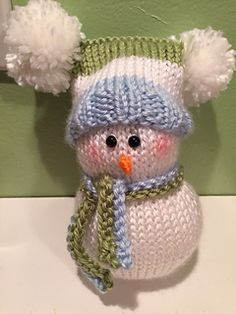 Ravelry: knitted snowman pattern by gardenclc Christmas Knitting Patterns, Knitting Patterns Free, Crochet Patterns, Free Pattern, Hat Patterns, Free Knitting, Knitted Dolls, Crochet Toys, Knitting Projects