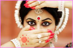 cool EYE MAKEUP FOR KATHAK DANCE