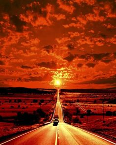 orange sunset, Its like you are diving into the sun Beautiful Beautiful World, Beautiful Places, Beautiful Pictures, Orange Aesthetic, Amazing Sunsets, Amazing Nature, Beautiful Sunrise, Paths, Scenery