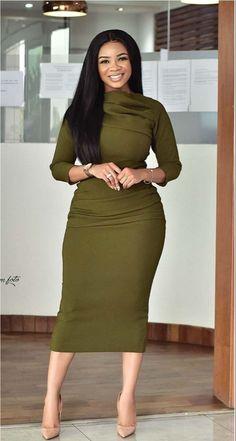 How to Look Classic Like Serwaa Amihere - 30 Outfits Classy Work Outfits, Office Outfits Women, 30 Outfits, Classy Dress, Chic Outfits, Dress Outfits, Fashion Outfits, Ladies Outfits, Workwear Fashion