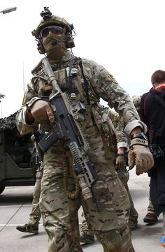 NOTE multicam, gloves, face mask, flag placement, admin pouch, coyote gear, pouch placement