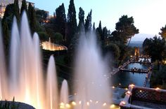 Italia Tour Italy| Serafini Amelia| Every Friday and Saturday nights until September 13, Villa D'Este in Tivoli hosts concerts and tastings