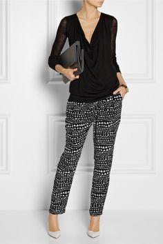Donna Karan | Fine-knit cashmere sweater | Stella McCartney|Christine printed silk crepe de chine pants|Gianvito Rossi | Leather pumps | Stella McCartney | Faux leather shoulder bag |
