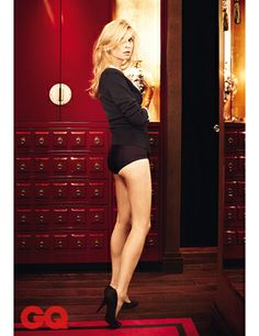 French belle Clémence Poésy is one of those French girls everyone would like to be around with. Check her out and witness her beauty first hand. Beauty Editorial, Editorial Fashion, Clémence Poesy, She Walks In Beauty, Beauty First, Modern Muse, French Actress, French Girls, Parisian Chic