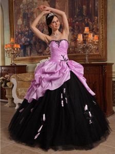 Pink and Black Hand Flowers Quinceanera Dresses in Tulle and Taffeta