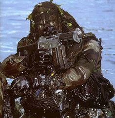navy seal combat swimmer