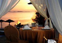 kolacja przy zachodzie słońca
