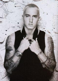 he is too hot!!!