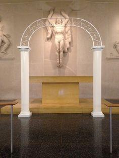 #vtwmc | Columns with removable arch top | War Memorial Chapel