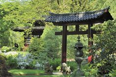 Oriental structures such as shrine gates (torii) and lanterns are typical features of the garden. Torii evoke Japan like no other architectu...