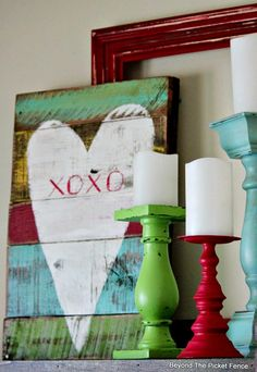 reclaimed wood heart http://bec4-beyondthepicketfence.blogspot.com/2015/01/xoxo-reclaimed-heart.html