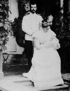 "Tsar Nicholas ll of Russia with Empress Alexandra Feodorovna of Russia and their second child and daughter,Grand Grand Duchess Tatiana Nikolaevna Romanova of Russia. ""AL"""