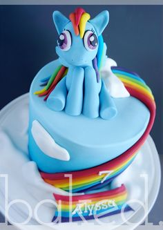 My Little Pony Birthday Cake. Rainbow Dash with Rainbow and clouds.