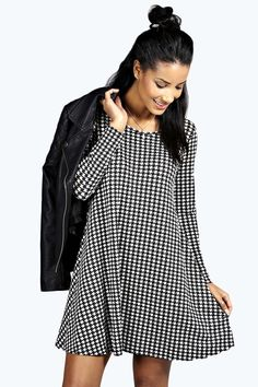 Holly Dogtooth Long Sleeve Swing Dress alternative image