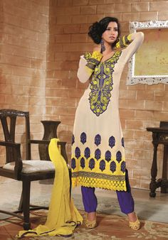 $63.70 White Faux Georgette Thread and Stone Work Pakistani Salwar Suit 22597