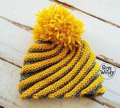 Cómo tejer un Gorro en Espiral (con agujas rectas) en dos colores y con pom pom: Patrón gratuito en Todas las Tallas (desde bebé hasta adulto) #gorro #gorrotejido #espiral #tejerendiagonal #tejergorros #pompom #comotejergorros #gorrosdosagujas #gorrostricot #tricotar #dosagujas #tejer #aprenderatejer #soywoolly