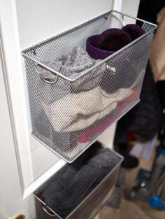 Panier de rangement pour tuques et foulards