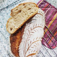 Vyzkoušejte recept na domácí chleba a uvidíte, že už nikdy nebudete chtít jiný! Máme pro vás tři recepty, které si rychle oblíbíte. Keto, Baking, Tacos, Pergola, Bakken, Outdoor Pergola, Backen, Sweets, Pastries