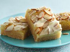 oh good Lord above! I love almond!!  Elegant Almond Bars