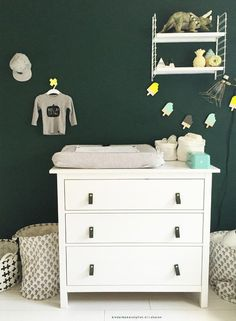 Ikea Hemnes as a changing table Ikea Baby Room, Baby Bedroom, Baby Boy Rooms, Baby Room Decor, Baby Boy Nurseries, Kids Bedroom, Nursery Decor, Nursery Rugs, Nursery Ideas