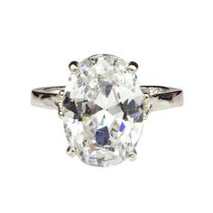 Oh, dont tell us- the huge bling caught your eye and you just had to take a peek?! We are in love with Bloody Mary metal's Ice Mega Bling Ring too