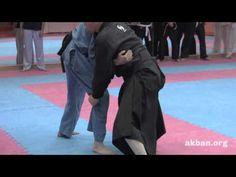How to do Ninjutsu Osoto gake against a wrestling clinch - AKBAN Ninjutsu training