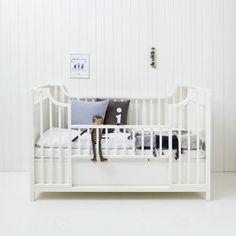 Cot_functions_3_kids | Oliver Furniture