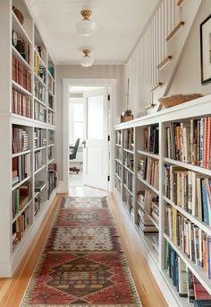 suzanne-dimma-Bookshelves-in-Hallway