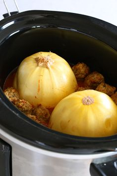Put spaghetti squash and meatballs in your crock pot and you have a dinner with almost no prep work required!