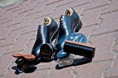 #saphir #pommadier #brush #wax #pastadobutow #wosk #shoes #shoeshine #shoecream #shoestagram #shoeporn #multirenowacja #multirenowacjapl #schuhe #mensshoes #menswear #yanko #yankoshoes #mirrorshine @patinepl #patine #patinepl #classic #goodyearwelted #luxury #yankolover #fashion #fashionlover