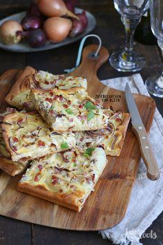 Zwiebelkuchen vom Blech | Bake to the roots