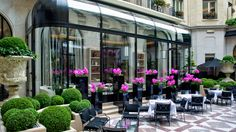 L'Orangerie Restaurant debuts at Four Seasons Hotel George V, Paris