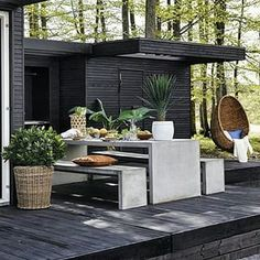 Outdoor Kitchen Ideas For The Best Summer Yet! Browse pictures of outdoor kitchen designs, outdoor kitchen plans, and outdoor kitchen essentials for ideas to create a beautiful, functional alfresco dining room. Outdoor Living Space, Outdoor Rooms, Outdoor Decor, Patio Design, Exterior Design, Outdoor Kitchen Design, Outdoor Inspirations, Outdoor Kitchen, House Exterior