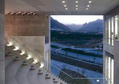 // Centro Roberto Garza Sada de Arte Arquitectura y Diseño by Tadao Ando. Photography by Roberto Ortiz