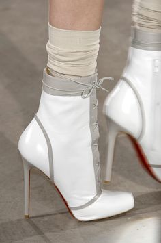 whatchathinkaboutthat:  Jonathan Saunders Fall 2010 Details