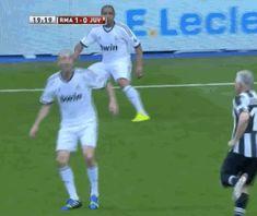 Zinedine Zidane's still got it...