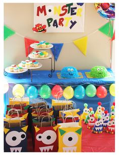 Repeat Crafter Me: Monster Party I know this woman from my birth board and she is AMAZING! This will be Jackson's birthday or Austin's Monster Party, Monster Birthday Parties, Birthday Fun, First Birthday Parties, Birthday Party Themes, First Birthdays, Monster Cakes, Birthday Ideas, Monster Mash