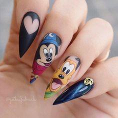 80 ideas to create the best Halloween nail decoration - My Nails Disney Acrylic Nails, Acrylic Nail Designs, Nail Art Designs, Nails Design, Disney Nails Art, Trendy Nails, Cute Nails, Disneyland Nails, Nail Decorations