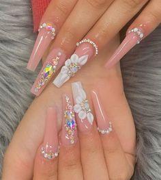 Acrylic Nails Coffin Pink, Long Square Acrylic Nails, Coffin Shape Nails, Bling Nails, Swag Nails, Sweet 16 Nails, Nagellack Design, Nails Design With Rhinestones, Glow Nails