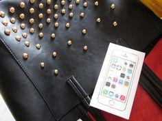 I'm ready ! #black #bag #iPhone5S #Gold #fashion #mode
