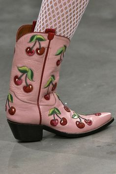 From fur Crocs to cherry-printed cowboy boots, London Fashion Week is giving us the wildest footwear. Dr Shoes, Sock Shoes, Me Too Shoes, Shoe Boots, Funky Shoes, Crazy Shoes, Cute Shoes, Cowgirl Boots, Western Boots