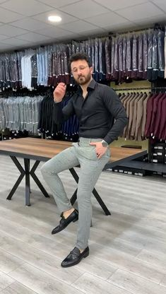 Size material : viscone poly LycraMachine Washable : yes Fitting : Slim Fit Remarks: Dry Cleaning Only Delivered Time : day Shipping Company: DHL Smart Casual Menswear, Men Casual, Casual Suit, Casual Blazer, Casual Winter, Casual Jeans, Casual Summer, Casual Shoes, Indian Men Fashion