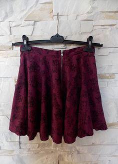 rozkloszowana bordowa spódnica z zamkiem z przodu H&M S/M