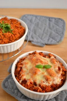 So, I kinda love casseroles. And not too long ago I realized I love baking quinoa. Sure, it's cooked in a pot before hand. And you could probably make this whole thing in the pot and serve…