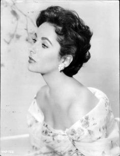 Elizabeth Taylor, 1950s  Neurotic but classic beauty. PW: for hair, pose