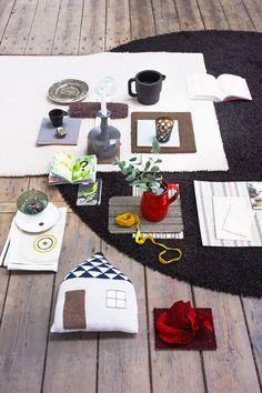 Mix & Match. Kleurenpalet voor een stoer huis. Een basiskleurpalet van wit, zwart en grijs aangevuld met aardetinten en wat felle kleuraccenten kenmerkt het stoere en pure huis. Gebuik stevige materialen als synthetisch textiel, wol en katoen en wees niet bang om een statement te maken met grafische vormen. Met tapijt haal je immers niet alleen comfort en warmte in huis, maar oook een blikvanger die nooit verveelt.