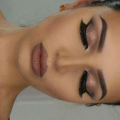 Closed eye make-up by prev post. Anastasia Beverlyhills Dipbrow in ebony … – Prom Make-Up Ideas Stunning Makeup, Pretty Makeup, Love Makeup, Makeup Inspo, Elegant Makeup, Makeup Style, Makeup Geek, Makeup With Pink Dress, Makeup Remover