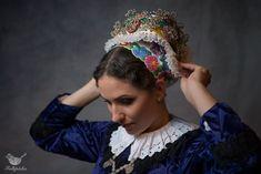 DSC_3119-Editprofile Hungarian Dance, Folk Dance, The Past, Crown, Hungary, Roots, Times, Corona, Crowns